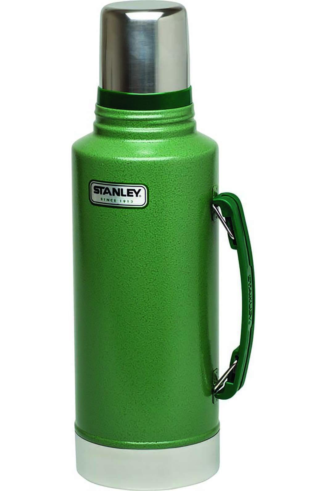 Stanley Classic Vacuum Drink Bottle, None, hi-res